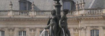 La fontaine des 3 grâces, place de la Bourse