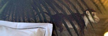 Singeries - lit frais  et tapisserie ANANBÔ