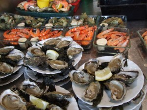 Chez jean Mi - fruits de mer dans l'ambiance du marché